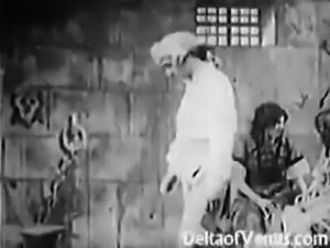Antique Porn 1920s - Bastille Day - Hairy Pussy