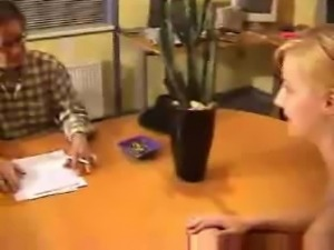 Skinny slut fucks during the interview to get the job