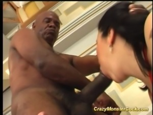 latin hairy ass exploded by monster free