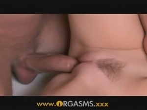 Orgasms - Freckly beauty enjoys ... free