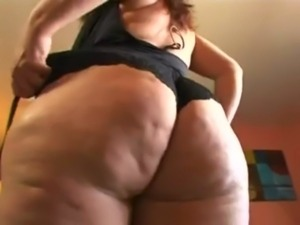 Chubby or not this MILF can fuck - Vanessa Blake free