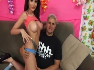 Randi Wright Squirts With 4 Fingers In Her Pussy free