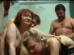 Russian Swingers russian cumshots swallow