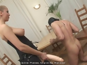 she fuck guy with huge strapon 3