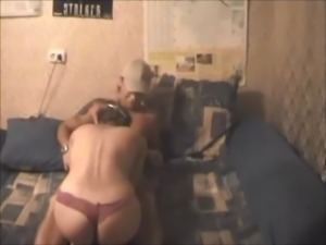 Amateur babe gets fucked on homemade free