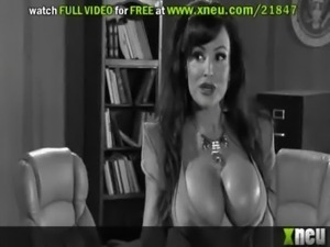Lisa Ann Gets Her Patriotic Pussy Smashed By A Hard Cock free