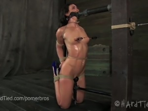Wenona sweat's in rope bondage