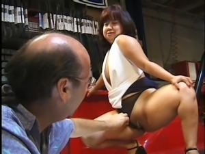 mature midget cock sucking