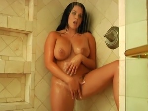 voluptuous mom takes a shower