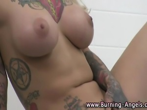 Fetish emo tattooed horny bitch shows off her hot tits