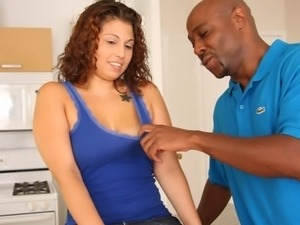 Latina Kristina Cruise wants a big black dick