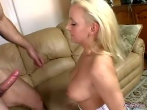 Hot bodied blonde Vanessa Michaels gives head to her man