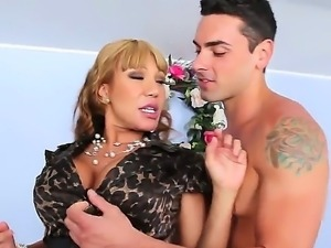 Ava Devine deep sucking Ryan Drillers dick and gets hotly licked off her cunt...
