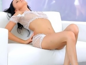 Provocative black haired slender hottie Melanie B with nice natural