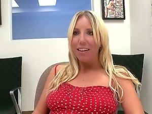 Sexy blonde likes to reveal her big boobs, shaved pussy and bootie in the office