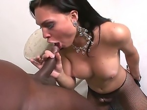 The sympathetic brunette she-male Ana Paula Samandat sucks her friends cock...