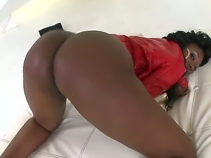 Nyomi Banxxx is posing and demonstrating her big delicious butt to lucky Voodoo