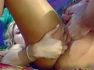 Attractive cheating hot ass blonde Avy Scott with big juicy