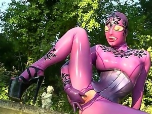 Hardcore and crazy masturbation with a gorgeous slut named Latex Lucy