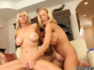 Nicole Aniston and her friend Emma Starr are two big