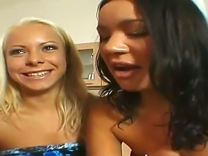 Three seductive lesbians Lara Amour, Renato and Sunny show us their wonderful...