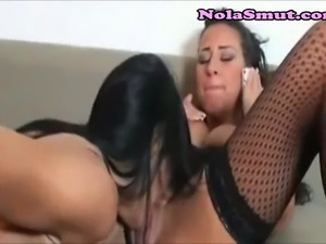 Sexy lesbo sluts eat and fuck each other