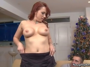 Nikki Hunter is a dick hungry mature redhead with nice