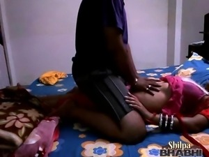 indian housewife shilpa bhabhi stripping naked