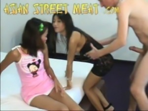 Double Filipina Strumpets 1 free