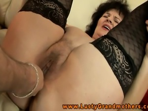 Hairy old gilf fingered and dildofucked in her sexy stockings