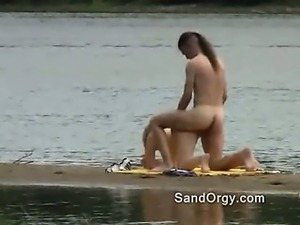 Outdoor sex right on the beach