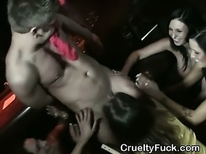 Amateur Girls Sucking Dick And Fucked In A Club