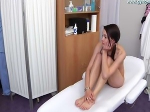 Tenn girl first gyno exam including urine analysis and ass thermometer