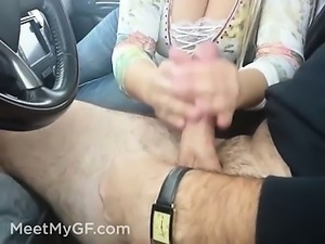 Big tits stranger blowjob and handjob in car