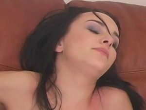 Brunette cooks delicious creampie with hot man
