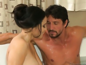 Brunette asian Jessica Bangkok and hard dicked guy Tommy Gunn have a lot of...