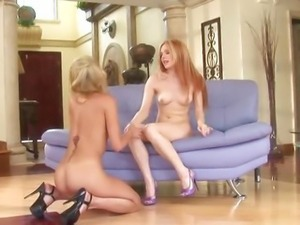 Cute girls Jayme Langford and Marlie Moore get busy