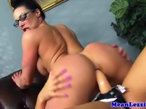 Lezdom dyke strap on fucking her sub HD
