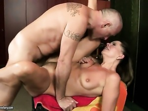 Brunette with gigantic hooters wraps her lips around dudes stiff cock