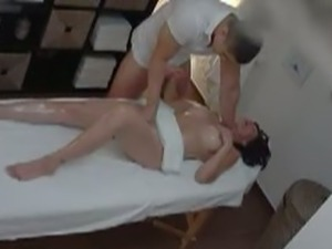 Busty Czech MILF Gets Nice Pussy Massage By Cock.
