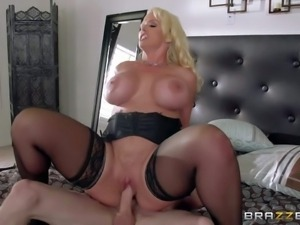 Alura Jenson is a horny as hell mom with massive jugs who cant miss her...