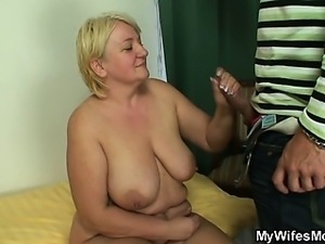 He finds mother-in-law naked and fucks her
