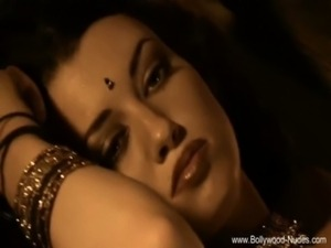 Indian Beauty From Bollywood free