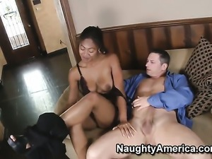 Evanni Solei takes John Strongs sturdy ram rod so fucking deep after warm-up