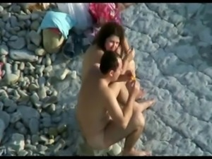 Nude Beach - Real Couples caught on Camera