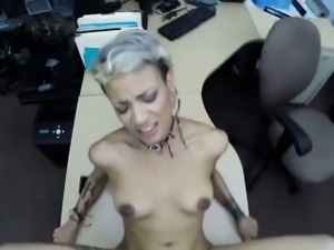 Crazy BF pawns her GFs pussy at the pawnshop for money