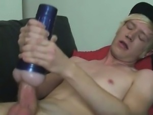 Gay twinks Local boy Phoenix Link comes back this week to sh