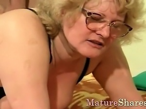 Old lady does crazy things