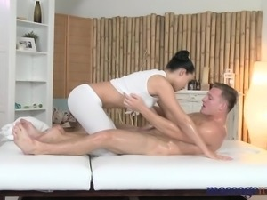 Massage Rooms Young masseuse has her shaved