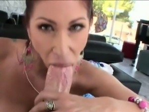Huge ass whore Tiffany Mynx anal pounded with big shaft